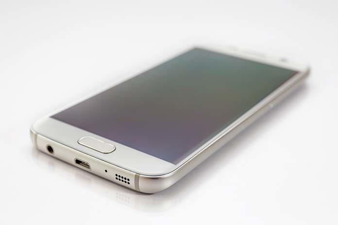 Na co zwrócić uwagę, szukając smartfona do 1000 zł?